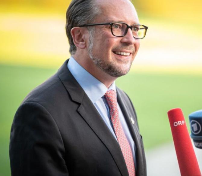 Austria. Noul cancelar Alexander Schallenberg, învestit oficial în funcție