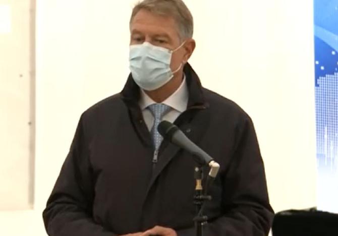 Iohannis face apel la români să se vaccineze Valul 4 ne-a lovit foarte rău