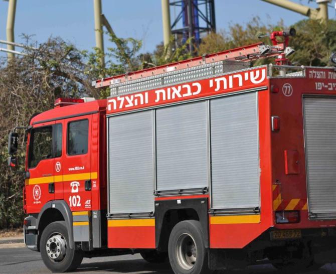 """Israel. O îngrijitoare a incendiat un apartament. Femeia susține că are implantat un """"cip"""", care îi dă ordine"""