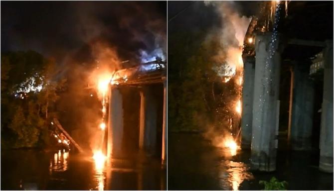 Italia. Incendiu de proporții, în Roma. Podul de Fier s-a prăbușit în Tibru - FOTO