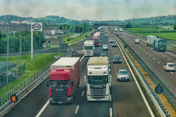 Marea Britanie. Boris Johnson, anunț despre vizele temporare în efortul de reducere a deficitului de şoferi de TIR