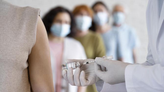 Teama românilor de vaccin, obiect de studiu pentru cercetători