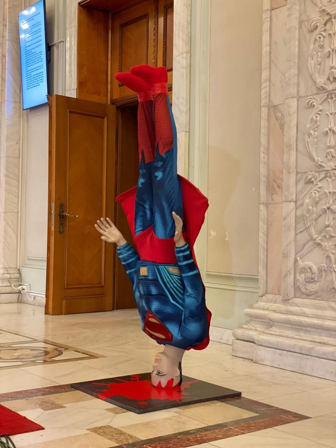 PSD îl compară pe Cîțu cu Spiderman