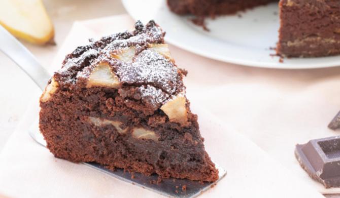 Tort de ciocolată cu pere, o combinație câștigătoare. E atât de simplu de preparat că-l poate face oricine
